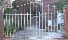 bespoke gateways in iron and steel
